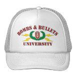 Bombas y universidad de las balas gorras