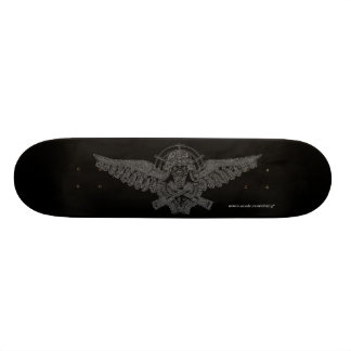 Bomber pilot skull cool graphic art skateboard