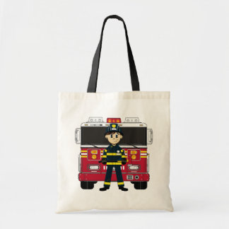 Bombero con la bolsa de asas del coche de bomberos