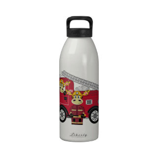 Bombero lindo de la jirafa del dibujo animado botella de agua