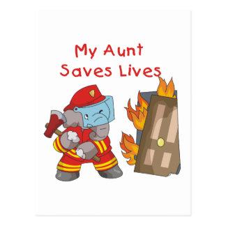 Bombero mi tía Saves Lives Tshirts y regalos Tarjetas Postales
