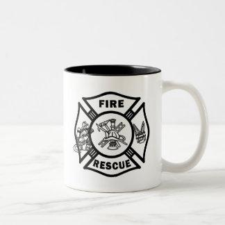 Bomberos del rescate del fuego taza de dos tonos
