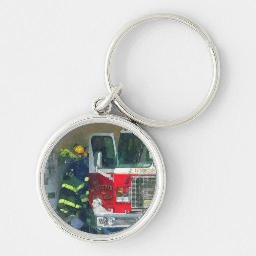 Bomberos - dentro del parque de bomberos llavero