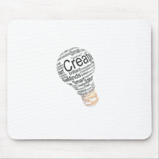 bombilla con la tipografía que celebra creatividad tapete de raton