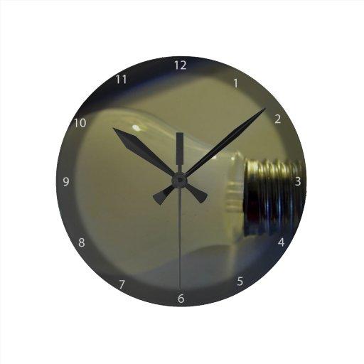 Bombilla helada reloj redondo mediano