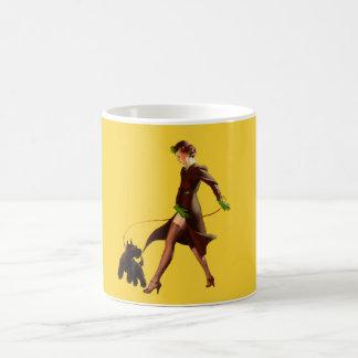 BOMBSHELL BAD GIRLS Retro Pin-Ups Coffee Mug