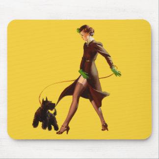BOMBSHELL BAD GIRLS Retro Pin-Ups Mouse Pad