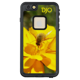 Bombyliidae Bee Fly on Yellow Flower Summer Scene LifeProof FRĒ iPhone 6/6s Plus Case
