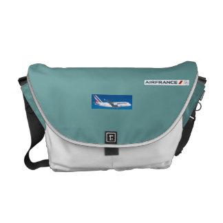 Bon voyage commuter bag