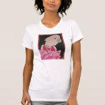 Bonito de Ella en camiseta rosada
