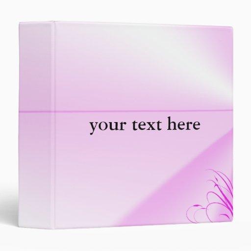 Bonito en carpeta rosada de la escuela