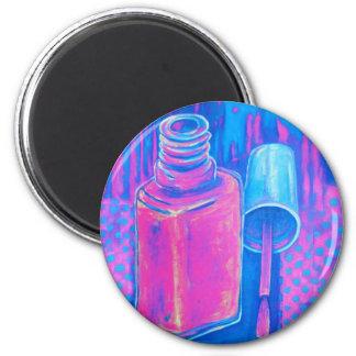 Bonito en esmalte de uñas rosado imán de frigorifico