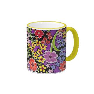 bonito floral del padrão taza a dos colores