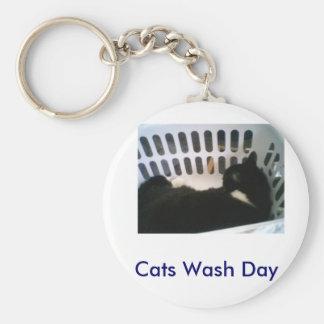 boobooboy, Cats Wash Day Basic Round Button Keychain