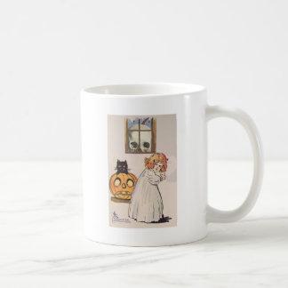 Boogeyman (tarjeta de Halloween del vintage) Tazas De Café