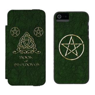 Book of Shadows Celtic Green Incipio Watson™ iPhone 5 Wallet Case