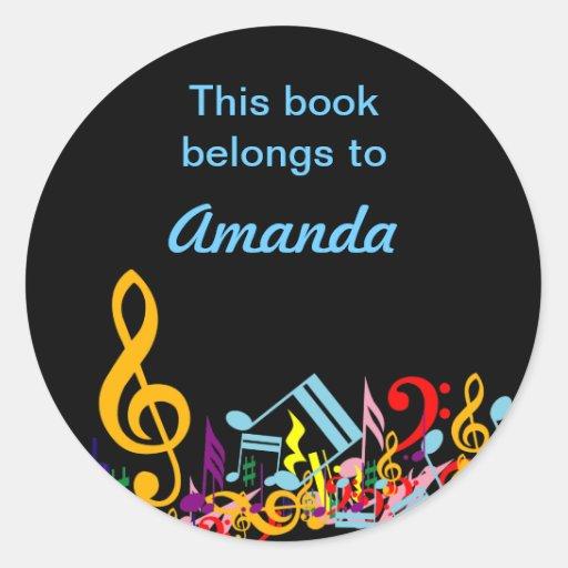 Bookplate colorido de las notas musicales etiquetas redondas