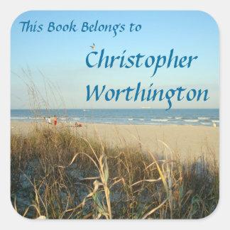 Bookplate de no. 3 de la escena de la playa de la pegatina cuadrada