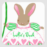 Bookplate grande del conejito de Fifi, rosado Calcomania Cuadrada Personalizada