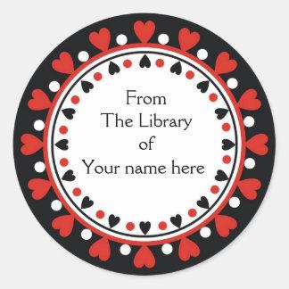 Bookplate - lunares rojos del blanco de los pegatina redonda