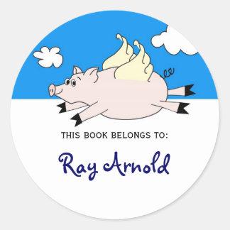 Bookplates de los pescados del cerdo del vuelo pegatina redonda