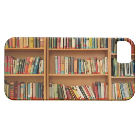 Bookshelf background iPhone SE/5/5s case