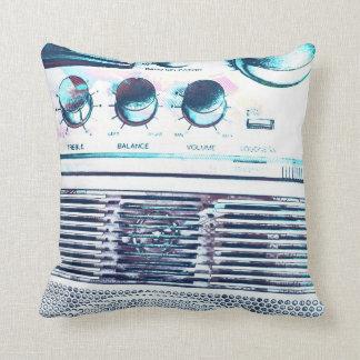 Boombox azul almohadas