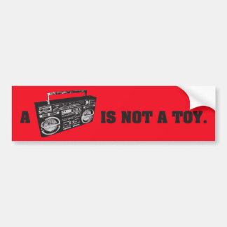 Boombox no es un juguete etiqueta de parachoque