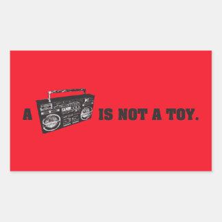 Boombox no es un juguete