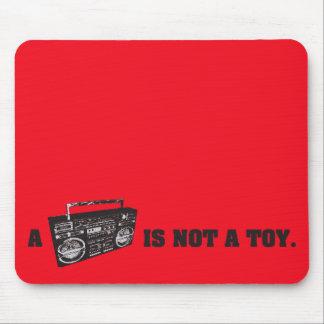 Boombox no es un juguete tapetes de ratones