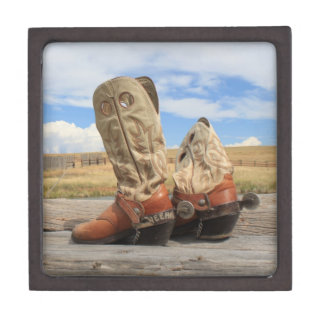 Boots & Spurs Premium Gift Box