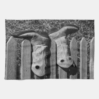 BOOTS TOWEL