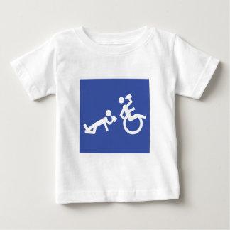 boozer de la silla de ruedas playera para bebé