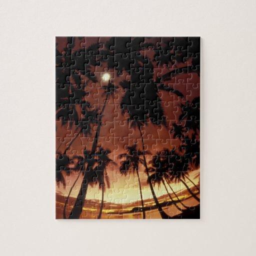 Bora Bora, French Polynesia Sunset shot through Puzzle