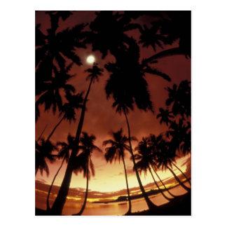 Bora Bora, puesta del sol de Polinesia francesa ti Postales