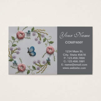 Bordado floral y mariposa tarjeta de negocios