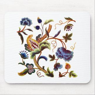 Bordado jacobeo isabelino hermoso tapete de raton