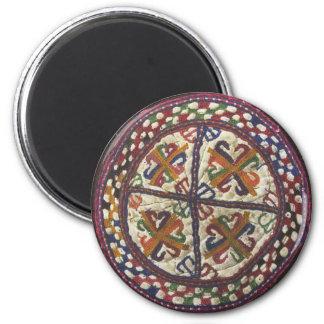 Bordado tribal afgano: Top del gorra Imán Redondo 5 Cm