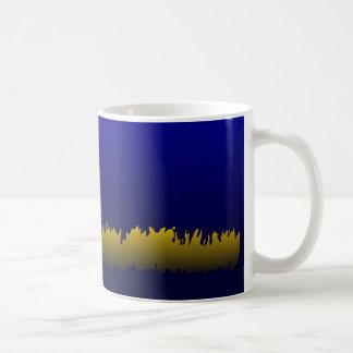 Borde amarillo dentado tazas de café
