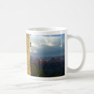 Borde del norte del Gran Cañón en Arizona Taza Básica Blanca
