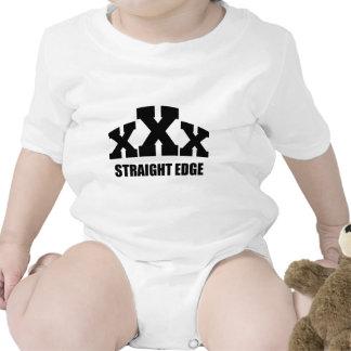 Borde recto traje de bebé