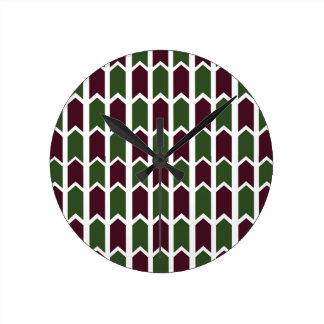 Borgoña y cerca verde del panel reloj redondo mediano