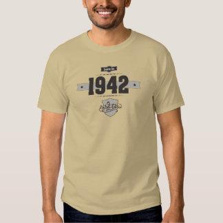 Born in 1942 (Dark&Lightgrey) T-shirt