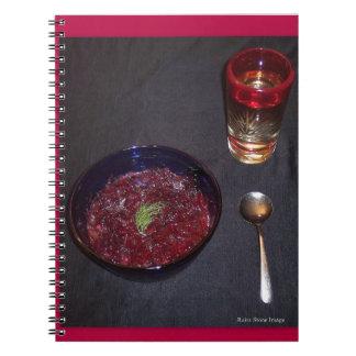 Borshch y vodka ucranianos de la comida del alma libro de apuntes con espiral
