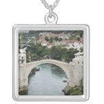 Bosnia y Hercegovina - Mostar. El puente viejo Grimpolas