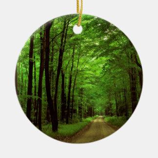 Bosque Allegheny Pennsylvania Adorno Navideño Redondo De Cerámica