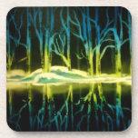 Bosque azul y amarillo eléctrico de árboles posavasos