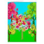 Bosque colorido del verano del árbol caprichoso tarjeta de felicitación
