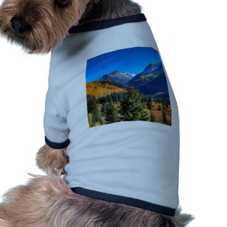 Bosque de centro de la cala de la montaña ropa para mascota
