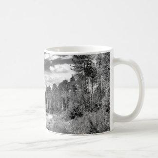 Bosque de plata taza clásica